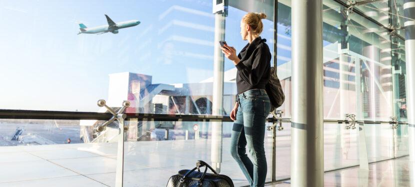 妊婦さんは飛行機に乗っても大丈夫?〜航空機の規則と医療面の安全性から〜