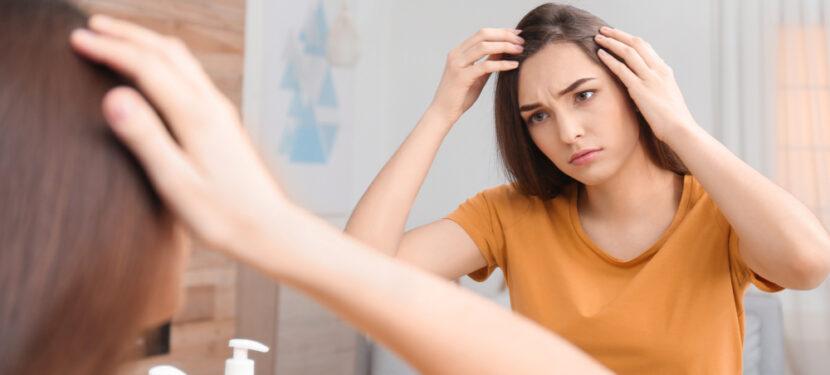 産後の抜け毛は私だけ?〜原因と対処法〜